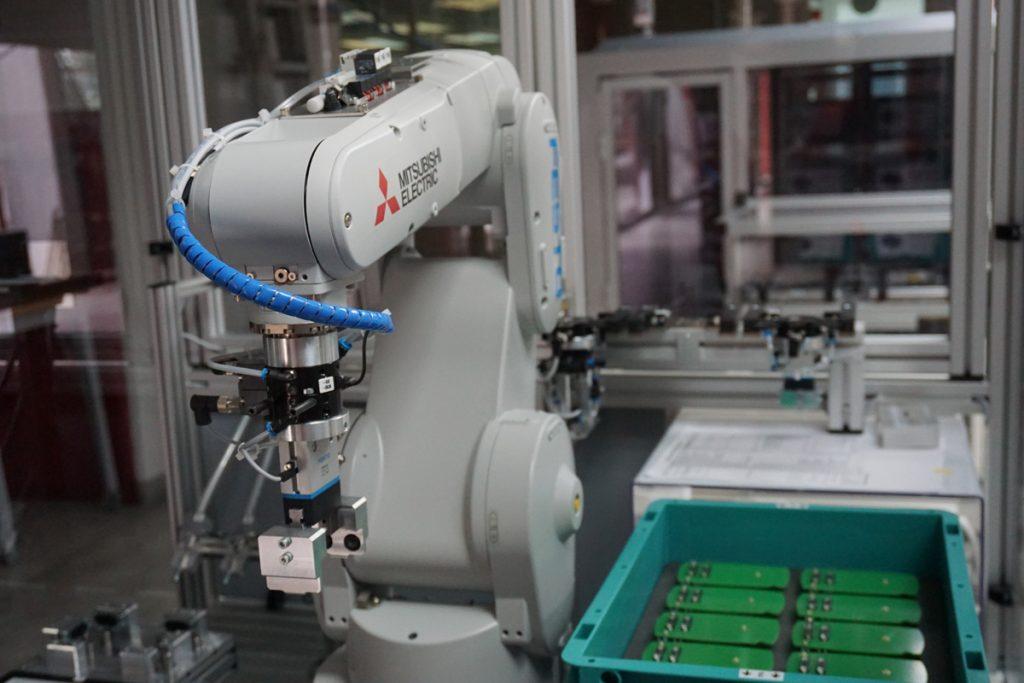robot para encajar piezas